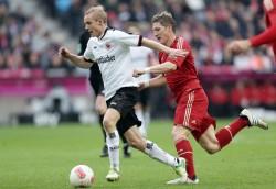 Sein Tempo wird schmerzlich vermisst. Sebastian Rode (li.), heute beim FC Bayern München.