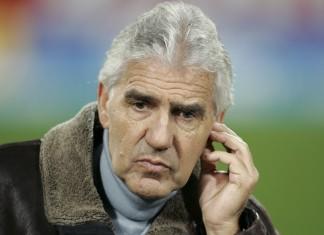 Unter Trainer Jörg Berger gewann die Eintracht letztmals auf Schalke.