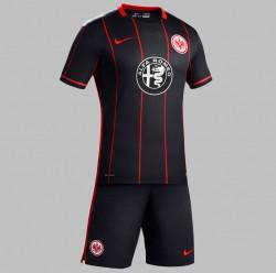 Eintracht Im Neuen Look So Sehen Die Trikots 201516 Aus