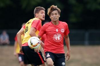 Hinterließ beim Training einen guten Eindruck. Mittelfeldmann Takashi Inui