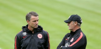 07.09.2015, Fussball, 1. BL, Training Eintracht Frankfurt. Trainer Armin Veh (re.), Alexander Schur (Co-Trainer). Foto: Heiko Rhode, Bad Homburg ***WWW.FOTO-RHODE.DE*** FON 0172-6703266