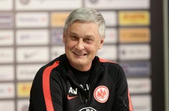 Ist das Lachen inzwischen vergangen: Cheftrainer Armin Veh