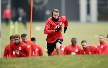 Ist mit seinen Einsatzzeiten in Frankfurt unzufrieden und sucht eine neue Herausforderung: Luca Waldschmidt.