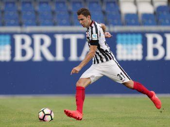 Branimir Hrgota stellt Ansprüche auf einen Stammplatz bei Eintracht Frankfurt. Könnte seine Flexibilität den Ausschlag geben?