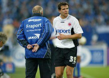 Ein Bild mit Symbolcharakter: Willi Reimann (l.) und Andreas Möller fanden bei der Eintracht nicht zusammen.