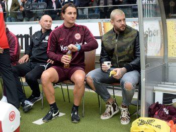 Marci Russ wird nach Möglichkeit auch in Hamburg wieder auf der Ersatzbank sitzen und seine Eintracht unterstützen.(Foto: imago/Hübner)