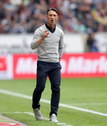 Niko Kovac ist erleichtert über das Weiterkommen.