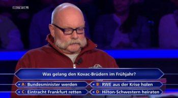 """Bei der gestrigen RTL-Ausgabe von """"Wer wird Millionär?"""" hatten Eintracht-Fans keine Mühe bei der 8.000€-Frage (Quelle: RTL Now)"""