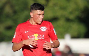 Renat Dadashov trägt wieder den Adler auf der Brust. Bild: imago/Picture Point LE
