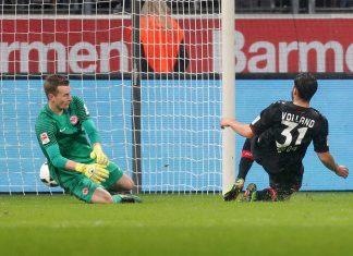 Hier erzielt Kevin Volland das bisher letzte der 2502 Gegentore in der Frankfurter Vereinshistorie der 1. Bundesliga.