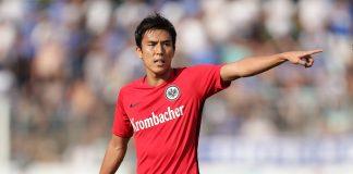 Makoto Hasebe ist einer der Führungsspieler der Eintracht.