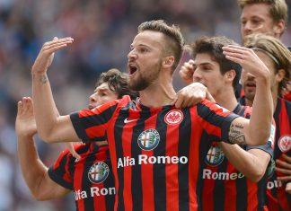Haris Seferovic traf gleich in seinem ersten Bundesliga-Spiel gegen den SC Freiburg.