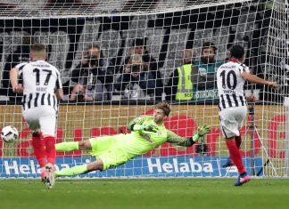 Beim Elfmeter war sich Marco Fabian tausendprozentig sicher, zu verwandeln.
